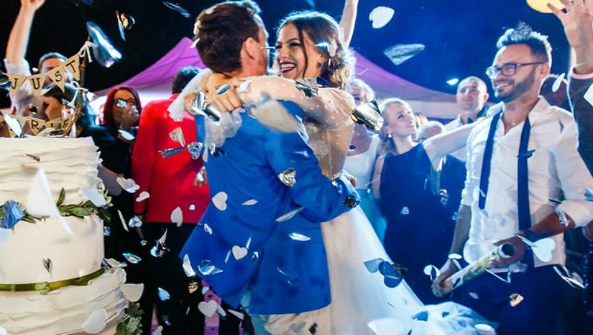 Foto: Doi miri din Moldova și-au impresionat invitații cu un tort spectaculos de nuntă