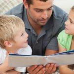 Foto: Tații cu patru sau mai mulți copii vor beneficia de asigurare medicală gratuită
