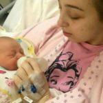 Foto: O tânără din Marea Britanie a intrat în comă și a născut un copil, fără să știe că era însărcinată