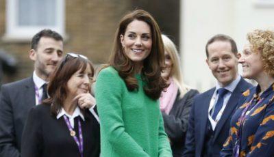 Kate Middleton, superbă într-o rochie verde. Una din culorile ei preferate
