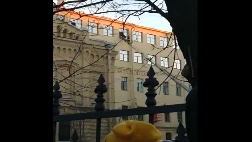 O clădire a Universităţii din St. Petersburg s-a prăbuşit. Cel puţin 21 de oameni, prinşi sub dărâmături