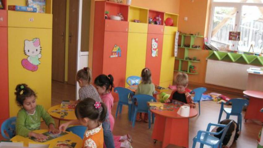 Foto: În atenția părinților și cadrelor didactice! A fost emis ordinul care interzice orice colectări de bani la școlile și grădinițele din capitală