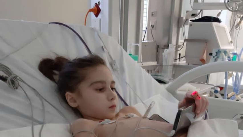Foto: Sabrina Rău a fost operată. Cum se simte fetița în acest moment?