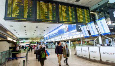 Mai mulți moldoveni care dețin cetățenia română, nu au fost lăsați să aterizeze la Dublin