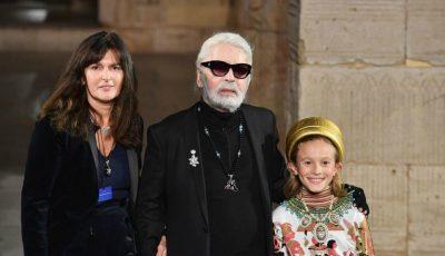 Ea este femeia care va prelua conducerea casei de modă Chanel, după moartea lui Karl Lagerfeld