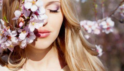 Noua gamă de produse pentru îngrijirea tenului normal și uscat îți lasă pielea curată, proaspătă și hidratată!