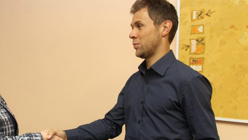 Foto: Guvernul l-a premiat pe Radu Albot cu 50 de mii de lei, pentru performanțele obținute în domeniul sportului
