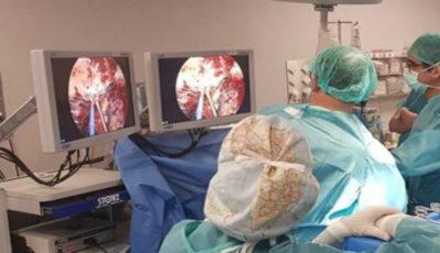 Premieră medicală în Moldova. O femeie cu tumoare la plămâni a fost operată minim invaziv prin videotoracoscopie