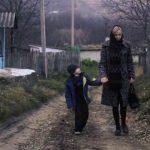 """Foto: Video! ,,Mama, mama!"""" – sute de femei din Moldova trăiesc în captivitatea soţilor agresivi de frica să nu rămână fără adăpost. Cum poți să le ajuți?"""