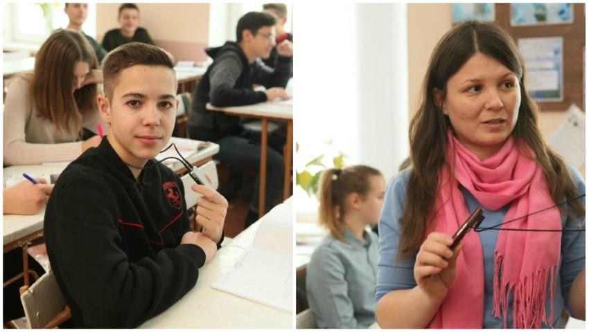 Foto: Un copil cu dizabiltăți poate învăţa într-o şcoală din comunitate, iar ceilalți elevi învață zilnic de la el lecția prieteniei și a toleranței