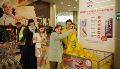 """Campania de Paşti """"Masa Bucuriei"""" a fost lansată – donează produse alimentare pentru bătrânii rămași singuri, în unul din magazinele implicate în actul de caritate!"""