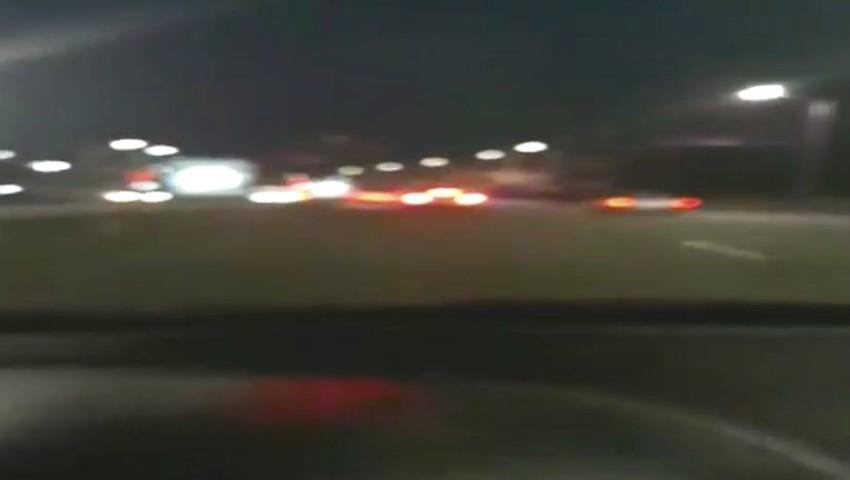 Foto: Video! O femeie însărcinată al cărei travaliu a început la volan, ajutată de polițiști să ajungă la maternitate