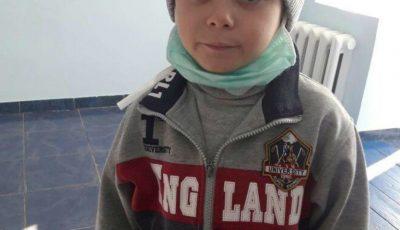 Ionuț are 7 ani și luptă cu o formă rară de cancer. Haideți să-i salvăm viața!