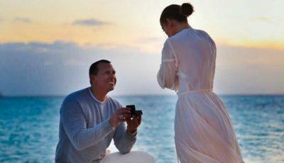 Jennifer Lopez a publicat imaginile în care a fost cerută în căsătorie