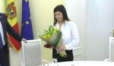 Luptătoarea Anastasia Nichita a primit în dar un apartament din partea statului