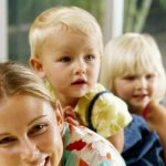 Foto: Femeile care au mai mulți copii îmbătrânesc mai greu