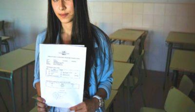 O elevă a primit nota 1 la simularea la BAC. Ce a scris pe foaia de examen?
