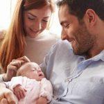 Foto: Circa 6.000 de tătici din Moldova au solicitat concediul paternal de 14 zile acordat la nașterea copilului