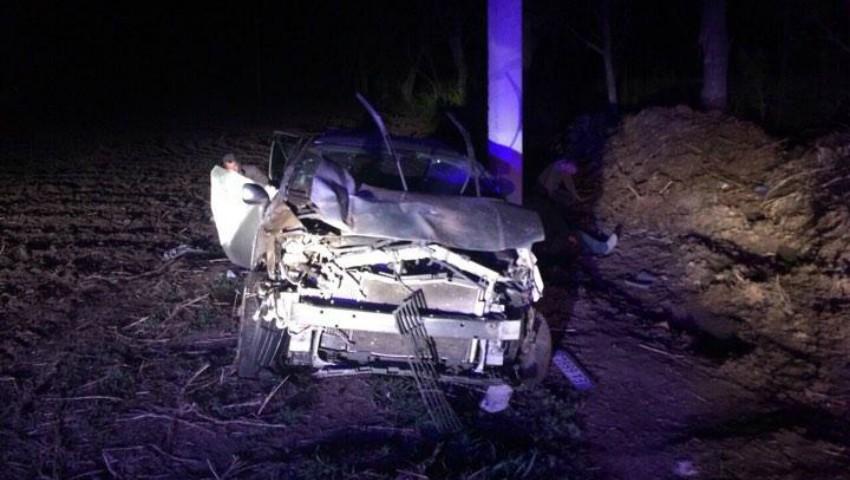 Foto: Grav accident la Edineț. Un tânăr s-a stins, iar alți patru se află în stare gravă la spital