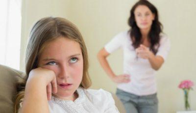 """Medic psihiatru, despre copiii de azi: """"Am plecat de la a nu avea voie să le dăm o palmă la fund și am ajuns la a nu avea voie să le zicem nimic"""""""