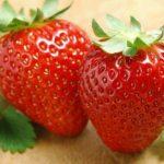 Foto: Căpșunile grecești au invadat piețele din Moldova