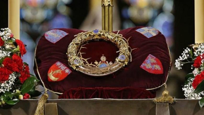 Un preot a salvat Coroana de Spini a lui Iisus, în timpul incendiului din Catedrala Notre-Dame