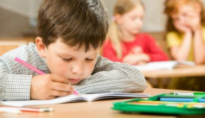 O abordare nouă de predare pentru elevii din clasa întâi. Care sunt noutățile?