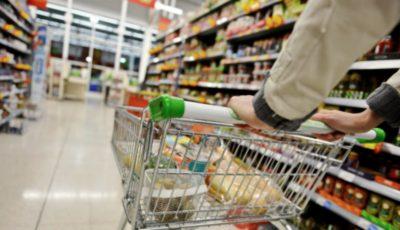 Într-un supermarket din capitală, cumpărătorii pot să scaneze singuri produsele și să achite cu cardul