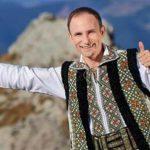 Foto: Artistul de muzică populară Ion Paladi a primit un premiu de la Youtube