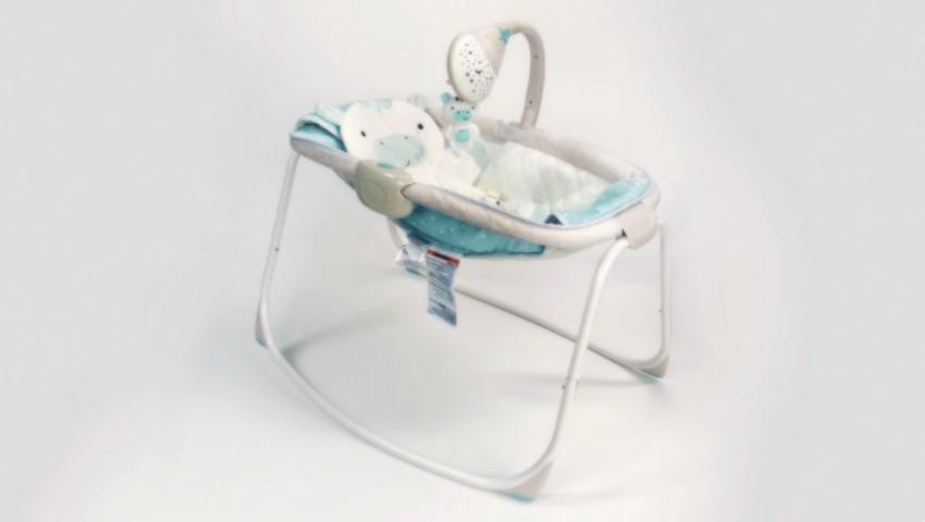 Foto: Un model de leagăn pentru bebeluși a fost retras din vânzare. Ar fi dus la moartea a zeci de copii