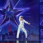 """Foto: Un băiețel de 12 ani a uimit publicul de la ,,Românii au Talent""""! Video"""