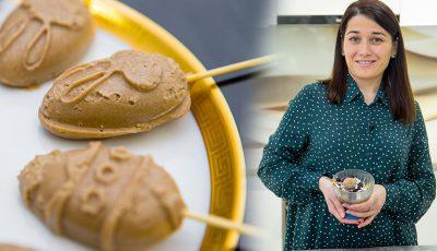 """Victoria Roșca, autoarea vlogului """"Zâmbărele"""", va găti în doar 5 minute o înghețată raw vegană de Paște!"""