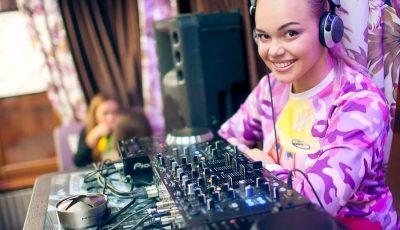 """DJ Iunna Barbie: """"Din păcate, cancerul s-a extins și la al doilea sân"""""""