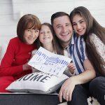 Foto: Emilian Crețu: De la lejancă la propriul apartament! Sau cine îi numără actorului banii