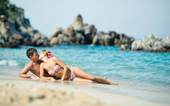 Foto: Sexul în vacanţă deseori îți salvează relația