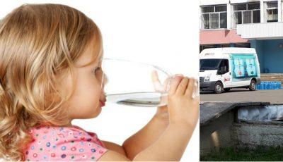 Doleanța unui părinte: De ce nu le sunt livrate și copiilor din grădinițe sticluțe cu apă, din bani publici?