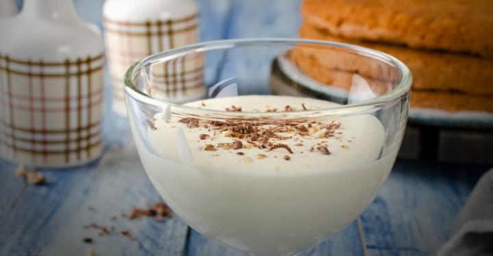 Foto: Jeleu cu lapte și banane, un desert perfect pentru weekend!