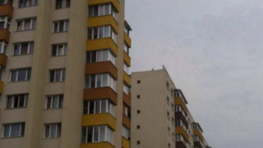 Foto: O bătrână de 90 de ani din Bălți, a căzut în gol de la etajul nouă