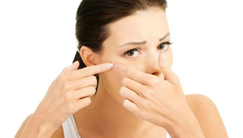 Foto: Cum îngrijești pielea sensibilă și predispusă la iritație!