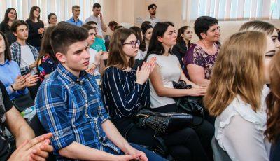 În Chișinău s-a deschis Centrul Municipal de Tineret. Ce servicii pentru tineri va promova organizația guvernamentală?