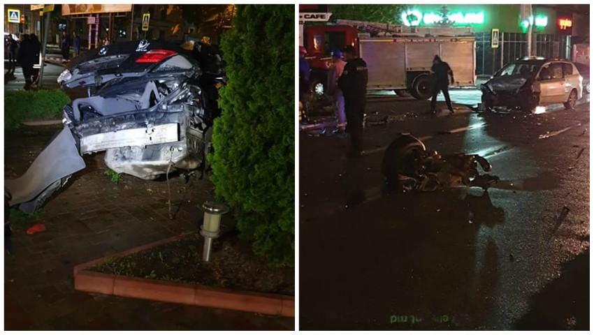 Foto: Accident teribil în capitală. Două mașini, făcute zob. Foto