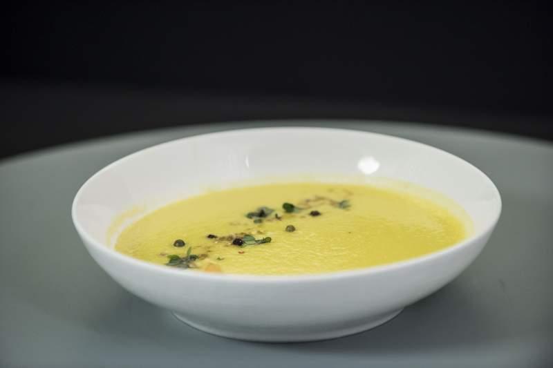 Foto: Supa perfectă după sărbători – costă 7 lei porţia