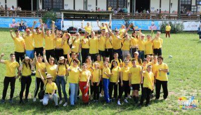 Prima ediție The Best Team: elevi din zeci de licee din țară au trecut în semifinala competiției. Iată cine sunt învingătorii!