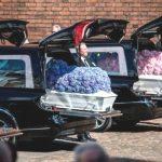 Foto: Miliardarul danez Anders Holch Povlsen și-a înmormântat cei 3 copii uciși în atentatele din Sri Lanka. Imagini sfâșietoare