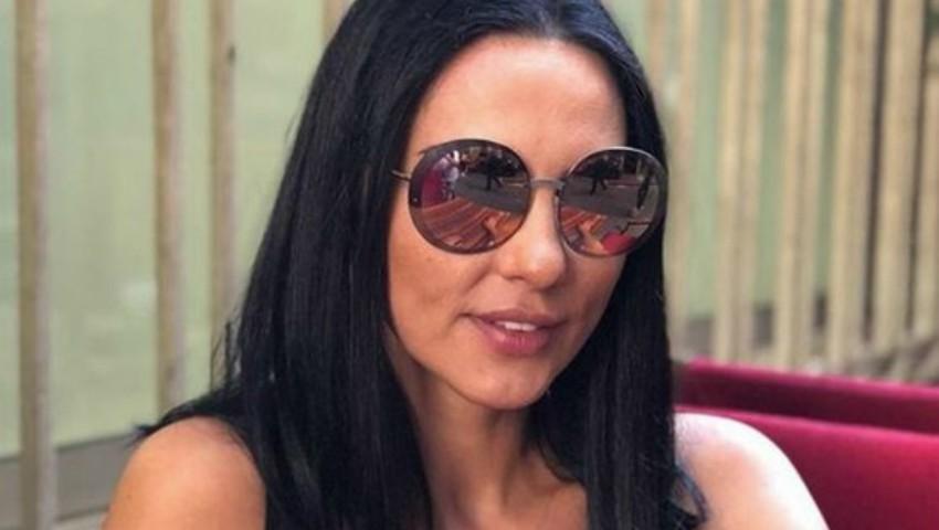Foto: Ce curte luxoasă are Ștefan Bănică! Iată cum se relaxează Lavinia Pârva la piscină
