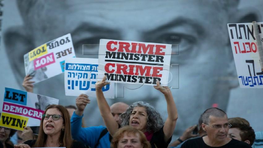 """Foto: Israel: Activişti au protestat la """"porţile"""" concursului Eurovision împotriva… războaielor!"""