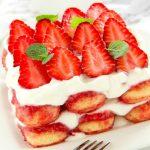 Foto: Tiramisu cu căpșuni – fără coacere