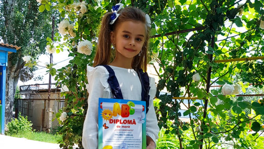 Foto: Kamelia Melnic a spus adio grădiniței! Poze