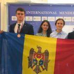 Foto: Elevii moldoveni au obținut două medalii de bronz la Olimpiada Internațională de Chimie