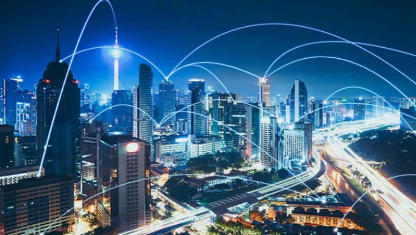 Foto: Bruxelles este primul oraș care blochează implementarea tehnologiei 5G din cauza riscurilor pentru sănătate